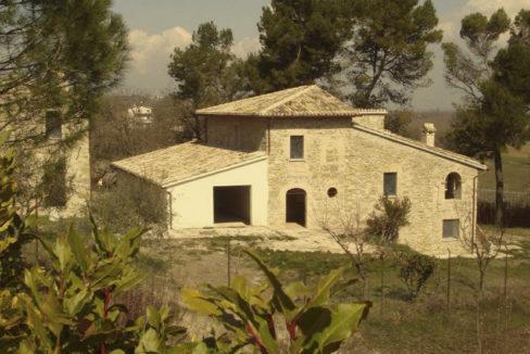 Casale in Umbria-1000x554-2